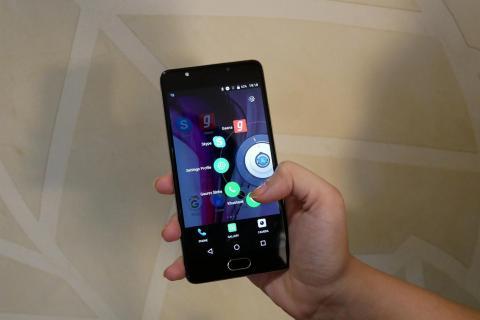 """松下印度公司利用人工智慧和新的使用者介面開發出Android手機專用的""""Arbo""""軟體,方便手機的操作(照片:美國商業資訊)"""