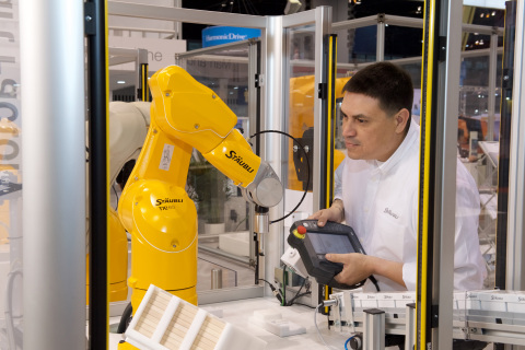 Stäubli, the innovative mechatronics solutions provider, introduced its new TX2 line of collaborative robots to the North American market at the Automate trade show in Chicago, ushering in a new era of Man-Robot Collaboration. (Photo: Business Wire)