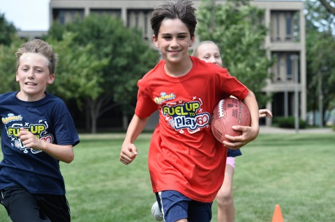Dannon Danimals® and Fuel up to Play 60 Help Inspire Winning Schools to Build Healthy Habits (Photo: Business Wire)