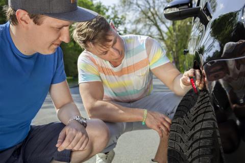 Les pneus d'été sont le choix le plus sûr et le plus économique grâce à leurs caractéristiques uniques en saison chaude (Photo: Business Wire)