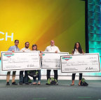 Mannatech awards the winners of its New You in 90 Transformation Challenge at its MannaFest conference. (Photo: Business Wire)