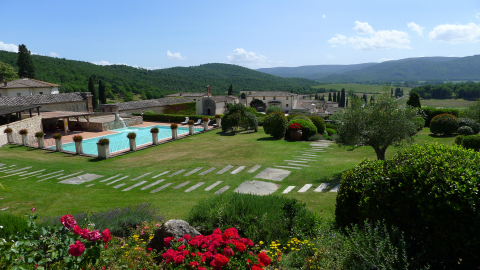 Live La Dolce Vita: La Bagnaia Golf & Spa Resort Siena Joins Curio Collection by Hilton™ (Photo: Business Wire)