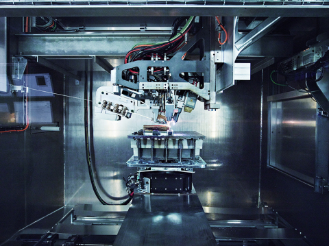 Norsk Titanium's Patented MERKE IV Rapid Plasma Deposition Machine Producing the World's First FAA-Approved, 3D-Printed, Structural Titanium Components for the Boeing 787 Dreamliner (Photo: Business Wire)