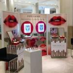 From April 13th beauty fans can experience YouCam Makeup for the first time in the UK at Estée Lauder Selfridges counters and the Estée Edit Carnaby Street store. (Photo: Business Wire)