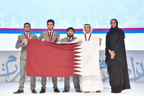 From right to left: Her Excellency Sheikha Hind bint Hamad Al Thani, Abdurrahman Al Qabisi, Baara' Darar, Anas Rasras and Hamed Hussein (Photo: ME NewsWire)