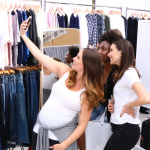 Bloggers Kara Loves Coco, Glitz and Glam by Tiff and In Spades snap a selfie backstage (Photo: Business Wire)