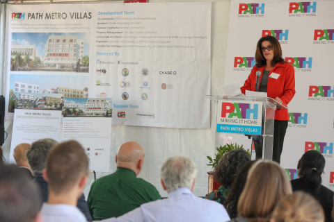Leslie Carter, chief operating officer of UnitedHealthcare of California, speaks at the groundbreaking ceremony for PATH Metro Villas, a new 65-unit supportive-housing community for people who are suffering from homelessness or struggling to find affordable housing (Photo: Jamie Rector).