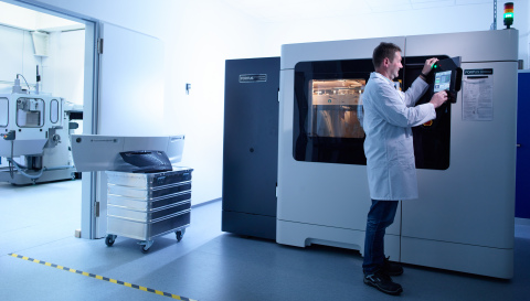Siemens Mobility is using its Fortus 900mc Production 3D Printer and Stratasys synthetic materials to 3D print customized production parts for trams (Photo: Stratasys Ltd.)