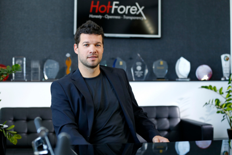 Michael Ballack during his visit at the company's headquarters. Credit: HF Markets Ltd