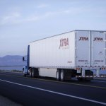 XTRA Lease is installing the SkyBitz GXT5000 solar-powered fleet management system on over 50,000 of its over-the-road dry vans and reefers, including approximately 9,000 new trailers purchased this year. (Photo: Business Wire)