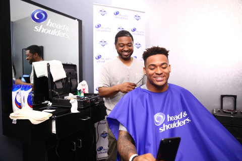 Top NFL prospect, LSU safety Jamal Adams prepares for the NFL Draft with Head & Shoulders at the P&G VIP Style Lounge in Philadelphia. (Photo: Business Wire)