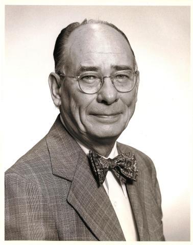 Dr. Vincent E. McKelvey (Photo: Business Wire)