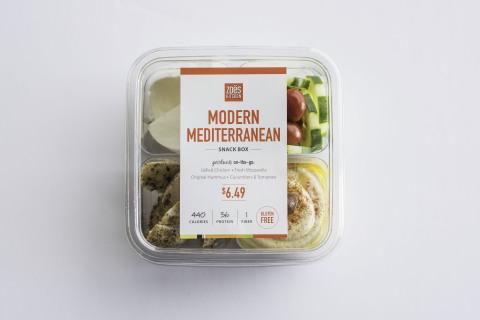 Zoës Kitchen Modern Mediterranean Snack Box (Photo: Business Wire)