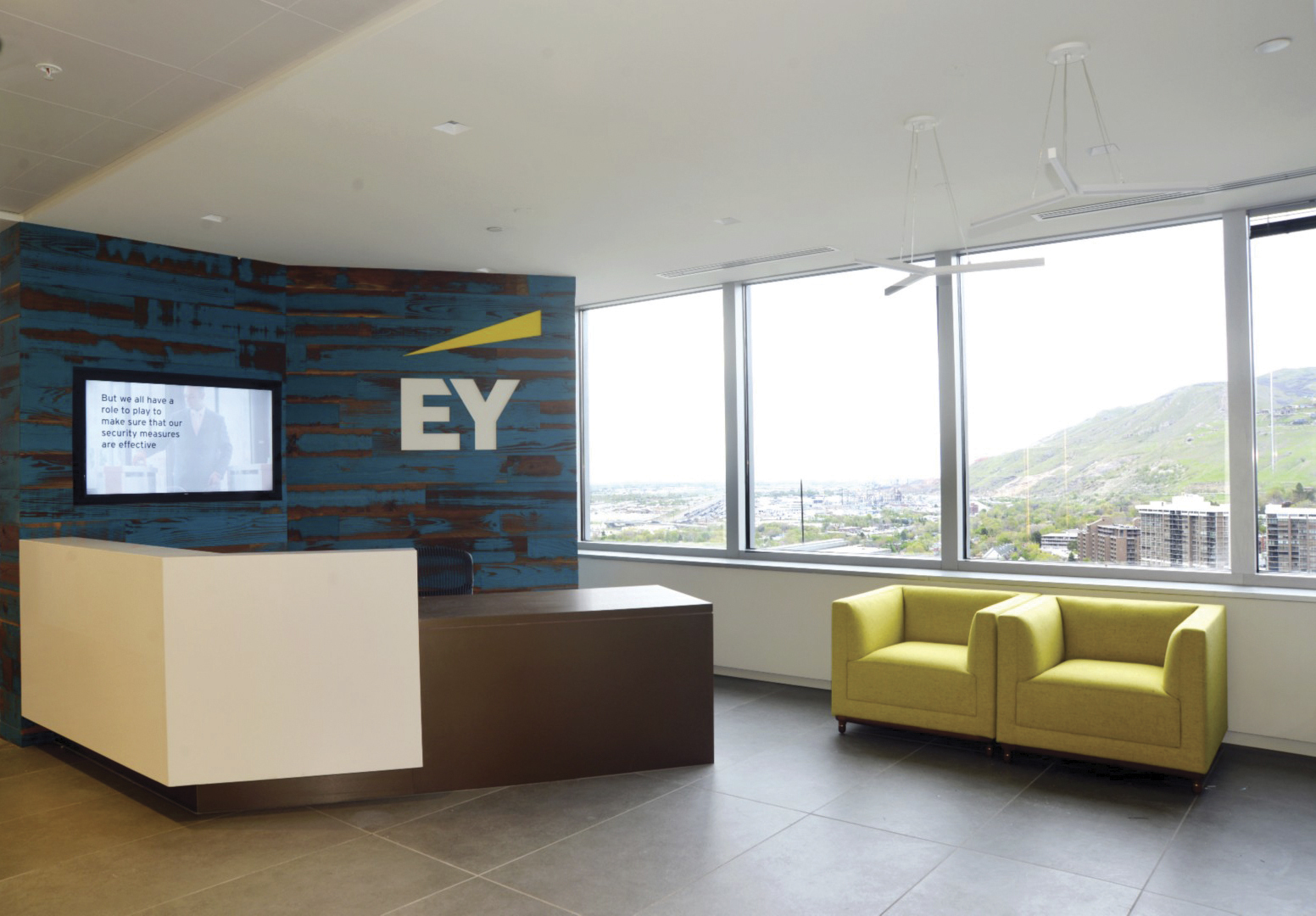 EY's new office located in Gateway Tower West building at 15 West Temple.