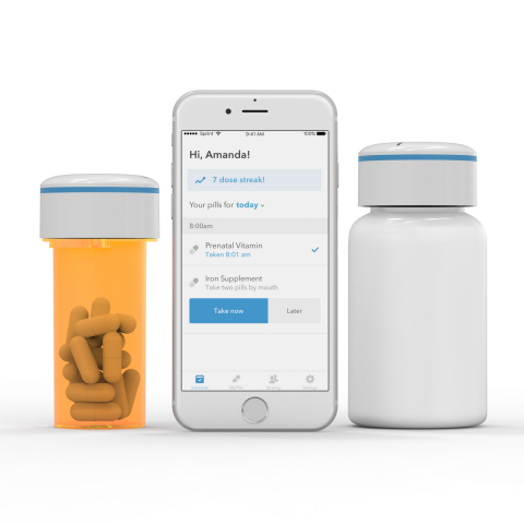 Pillsy connects to your phone using Bluetooth 4.0 and senses when the bottle is opened and closed. (Photo: Pillsy)