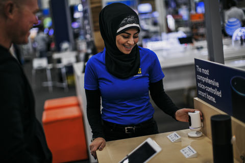 Guided by in-store experts, Best Buy customers will select from a variety of leading smart home products, including cameras, smart locks, lights, thermostats and more - from Vivint and other partners. Service plans include benefits such as 24/7 professional monitoring, always-on cellular connection and 30-day video storage. (Photo: Best Buy)