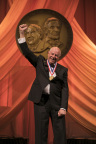 Eli Harari accepts his medal at the National Inventors Hall of Fame's 45th Annual Induction Ceremony. (Photo: National Inventors Hall of Fame)