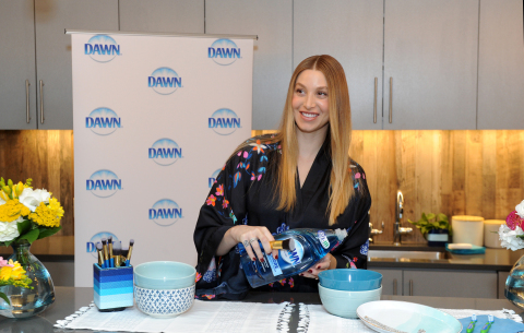 Whitney Port, lifestyle expert and mom-to-be, shares one of the many ways to use Dawn dish soap beyond the sink, including cleaning jewelry, at an event in New York, Tuesday, May 9, 2017. (Photo by Diane Bondareff/Invision for Dawn/AP Images)