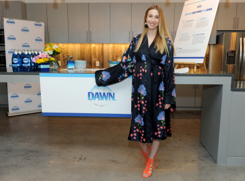 Whitney Port, lifestyle expert and mom-to-be, shares her top home life hacks and the many ways to use Dawn dish soap in the kitchen and beyond, Tuesday, May 9, 2017, at an event in New York. (Photo by Diane Bondareff/Invision for Dawn/AP Images)