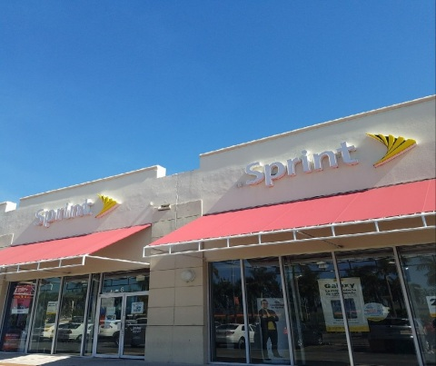Sprint is opening 15 new stores in Miami and throughout South Florida by the end of 2018. (Photo: Business Wire)