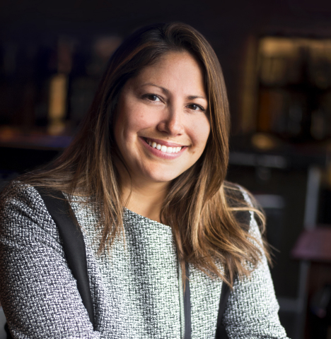 Sara Davis-Zapata joins AC Hotel Chicago as General Manager (Photo: Business Wire)
