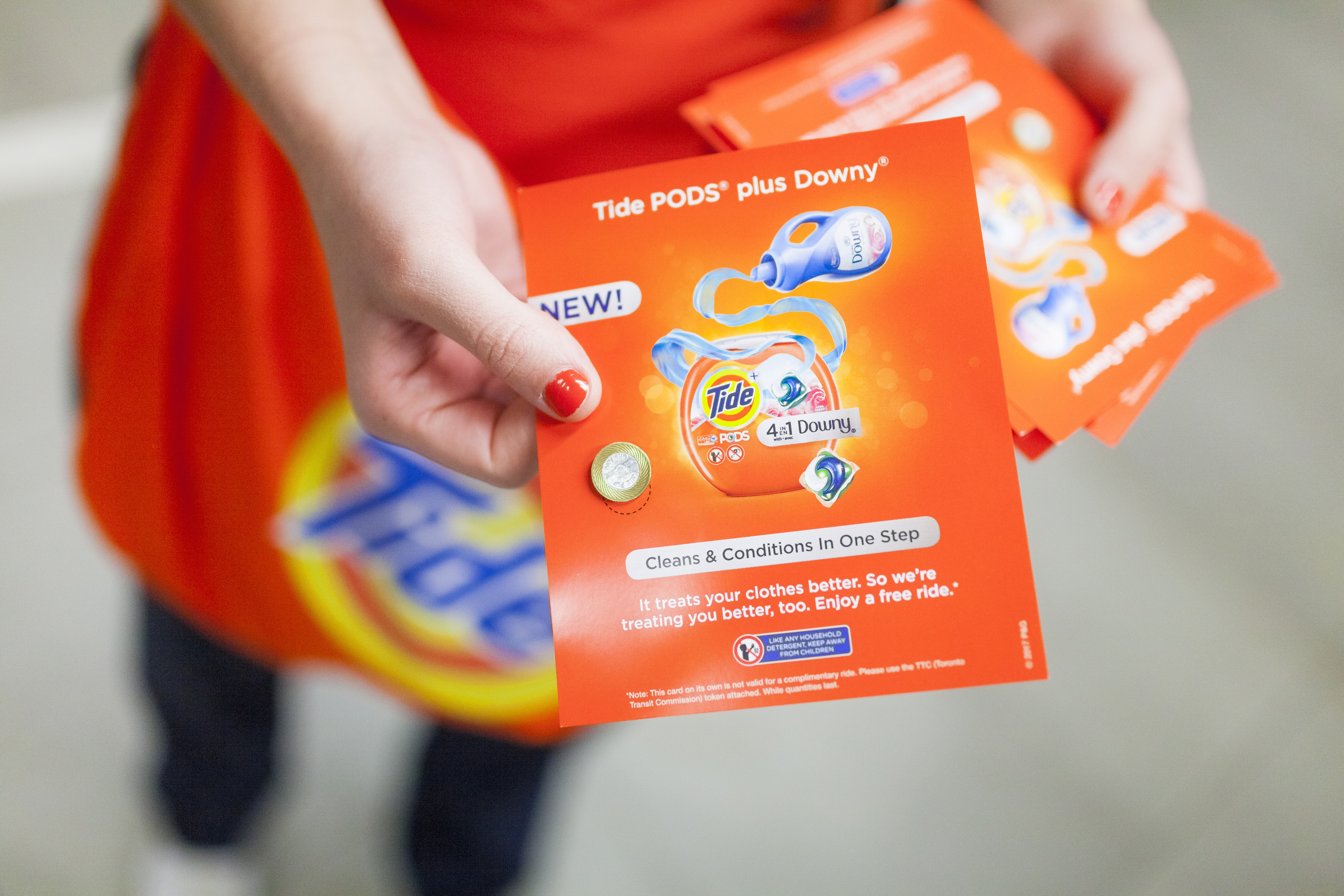 NEW Tide PODS Plus Downy and the TTC are treating Toronto better by handing out free rides at Union Station (Photo: Business Wire)