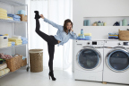 """New sulfate free all® fresh clean ESSENTIALS® and Hilaria Baldwin show consumers easy ways to adopt a """"less is more"""" lifestyle. (Photo: Business Wire)"""