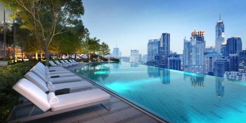Rooftop swimming pool at Park Hyatt Bangkok (Photo: Business Wire)