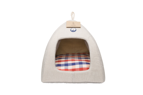 """This Camp Hut Pet Bed is one of the many Summer Camp-themed items from PetSmart's just launched ED Ellen DeGeneres seasonal collection for summer. This pet bed features a unique """"pup tent"""" design that provides solitude and comfort with a soft, removable plaid cushion. The Summer Camp capsule collection joins Ellen's year-long pet product assortment that features hundreds of items, including toys, beds, feeding bowls, and a natural at-home beauty and grooming line. ED Ellen DeGeneres is exclusively available at all the 1,500-plus PetSmart stores across the U.S. and Canada. (Photo: Business Wire)"""