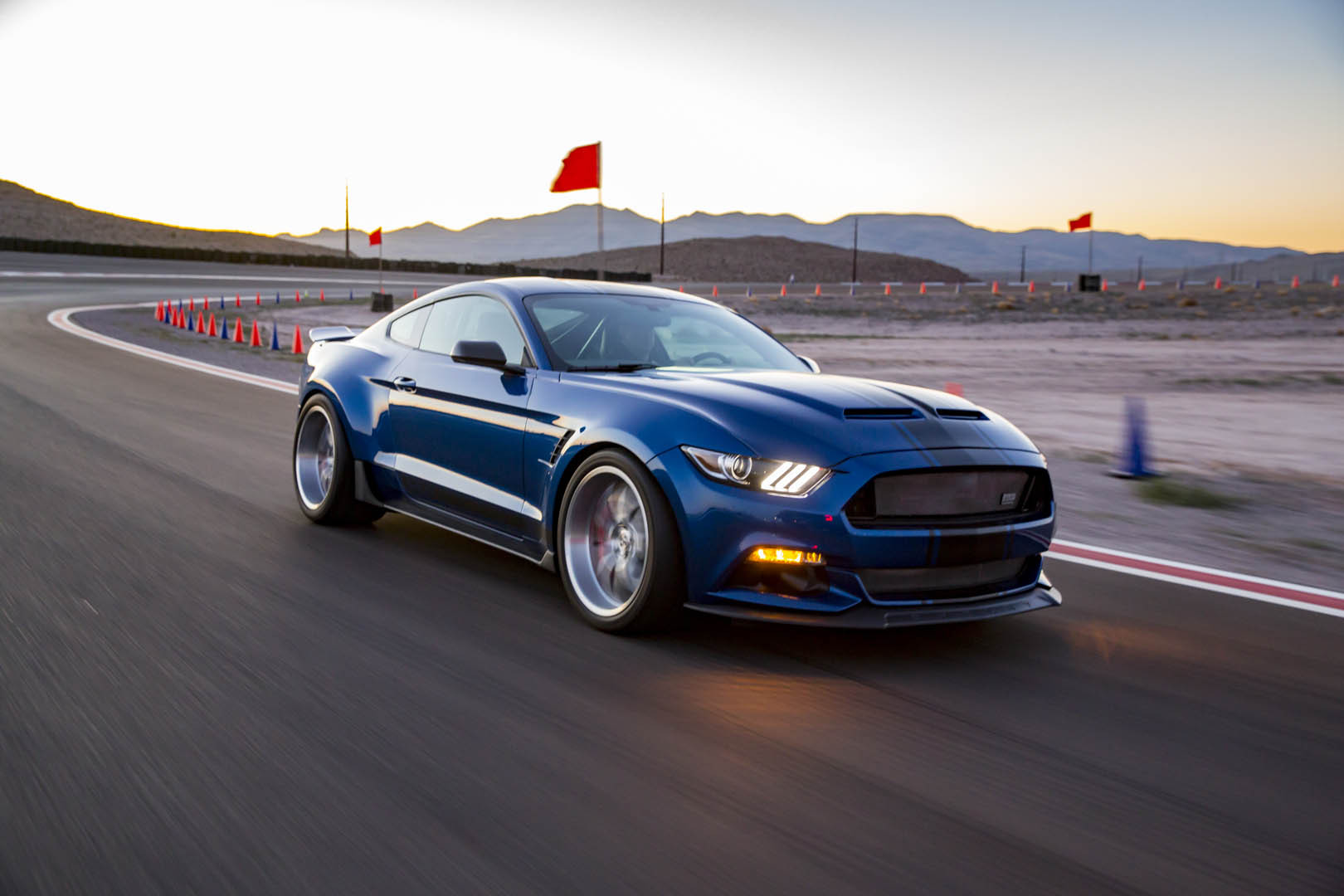 Wide Body Road Racing 2017 Shelby Super Snake Concept Car Unveiled ...