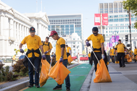 Dolby Laboratories CEO Kevin Yeaman joins the Downtown Streets Team and more than 500 employees volu ...