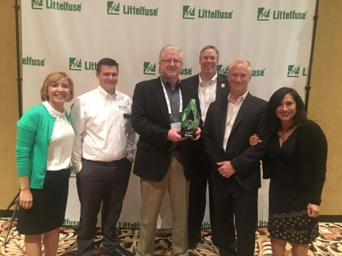 Littelfuse congratulates Digi-Key Electronics on winning the 2016 High Service Distributor of the Year award. Pictured (from left to right): Dawn Manhart, Littelfuse director channel sales; Alex Conkright, Littelfuse distribution corporate account manager; Paul Dosser, Digi-Key Electronics VP business development; Dave Heinzmann, Littelfuse president and chief executive officer; Eric Wendt, Digi-Key Electronics supplier business development manager; and Monica Flores, Digi-Key Electronics area director, Mexico. (Photo: Business Wire)