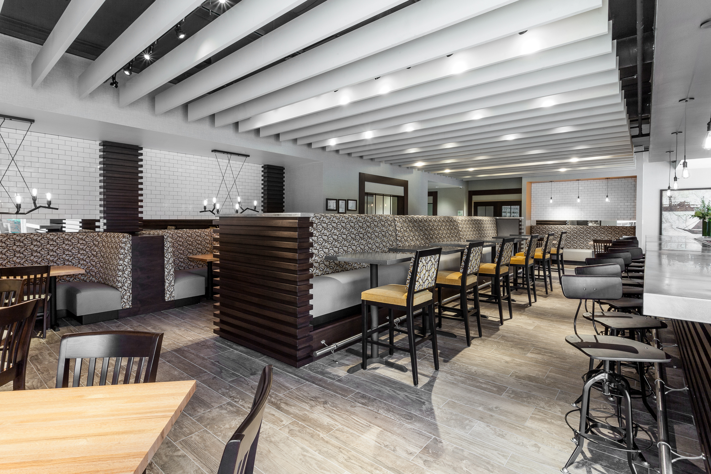 """Holiday Inn Chicago North - Evanston - University Plaza Cafe """"Open for Business!"""" Gourmet Comfort Food (Photo: Business Wire)"""