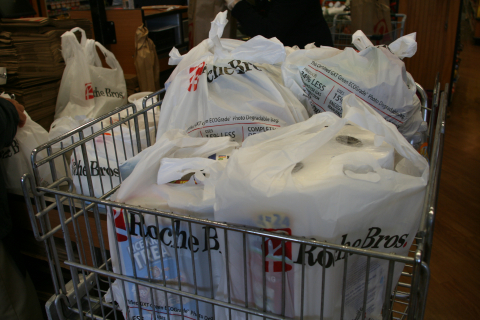 Massachusetts-based grocery leader Roche Bros. recently distributed its 5 millionth photodegradable, plastic-alternative GXT Green ECOgrade bag, an innovative solution for retailers facing plastic bag bans or taxes. (Photo: Business Wire)