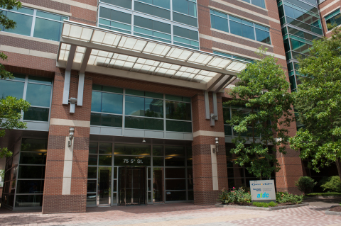 Power management company Eaton joins the Georgia Institute of Technology's Center for the Development and Application of Internet of Things Technologies (CDAIT), an Atlanta-based research center dedicated to developing and applying Internet of Things (IoT) technologies. Eaton will work with Georgia Tech students and faculty onsite at the CDAIT, as well as Eaton's SOURCE Lighting Education Center near Atlanta, to expand its research into the many possibilities and applications of IoT-enabled devices. (Photo: Business Wire)