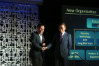 President Kinam Kim and General Manager ES Jung introduced Samsung Foundry as an independent business unit within Samsung Semiconductor at the Samsung Foundry Forum, in Santa Clara, Calif., May 24, 2017 (Photo: Business Wire)