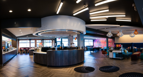 Reimagined, enlarged lobby with 2,880 square feet of public space with areas to work, play games, eat or lounge. (Photo: Business Wire)