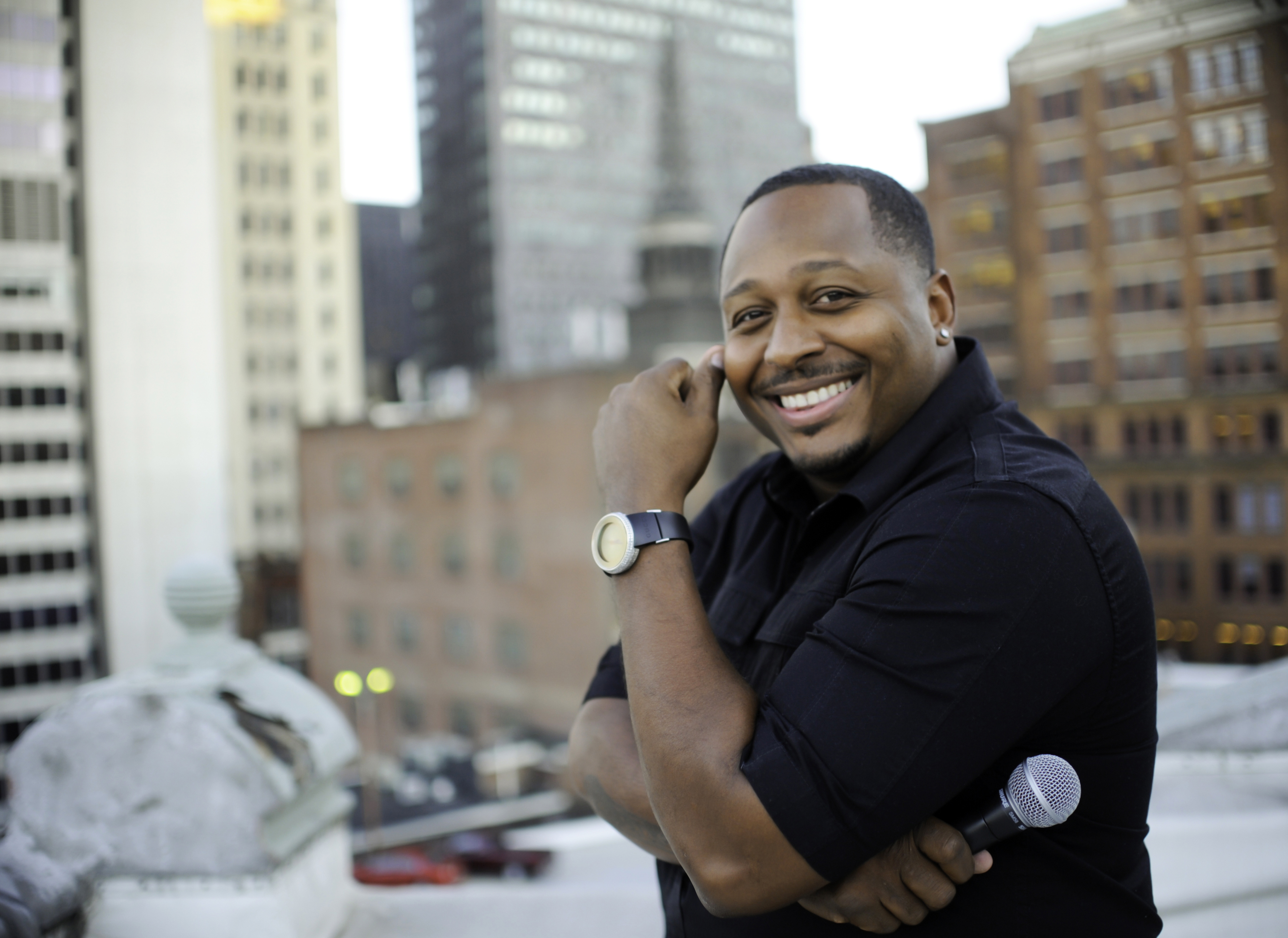 """The new summer comedy stand-up series """"A Funny Thing Happened at Rivers Casino"""" will be hosted by local comedian Tony """"T-Robe"""" Roberson. (Photo: Business Wire)"""