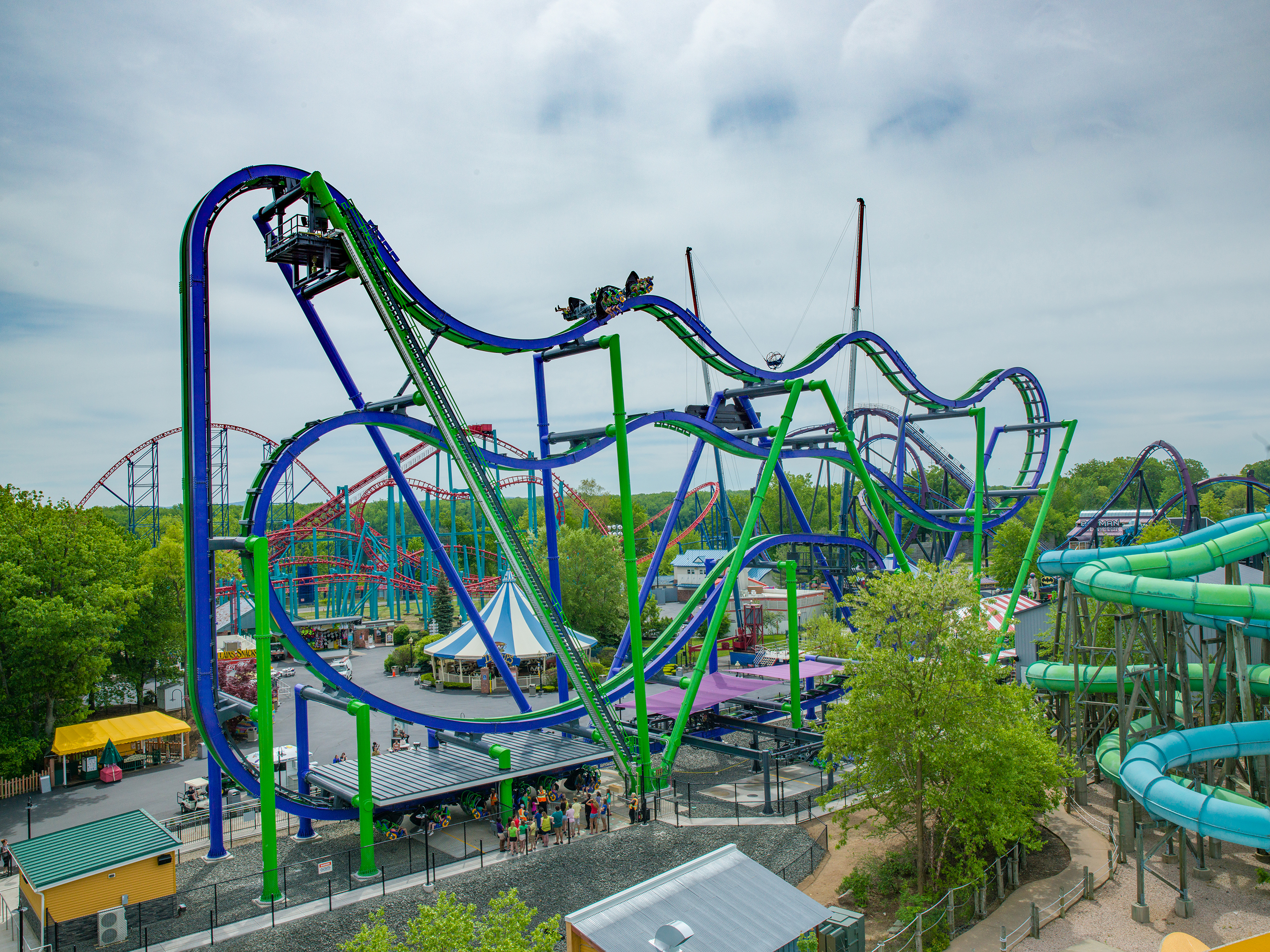 THE JOKER™ New England first 4D Free Fly Coaster is now open at Six Flags New England. (Photo: Business Wire)