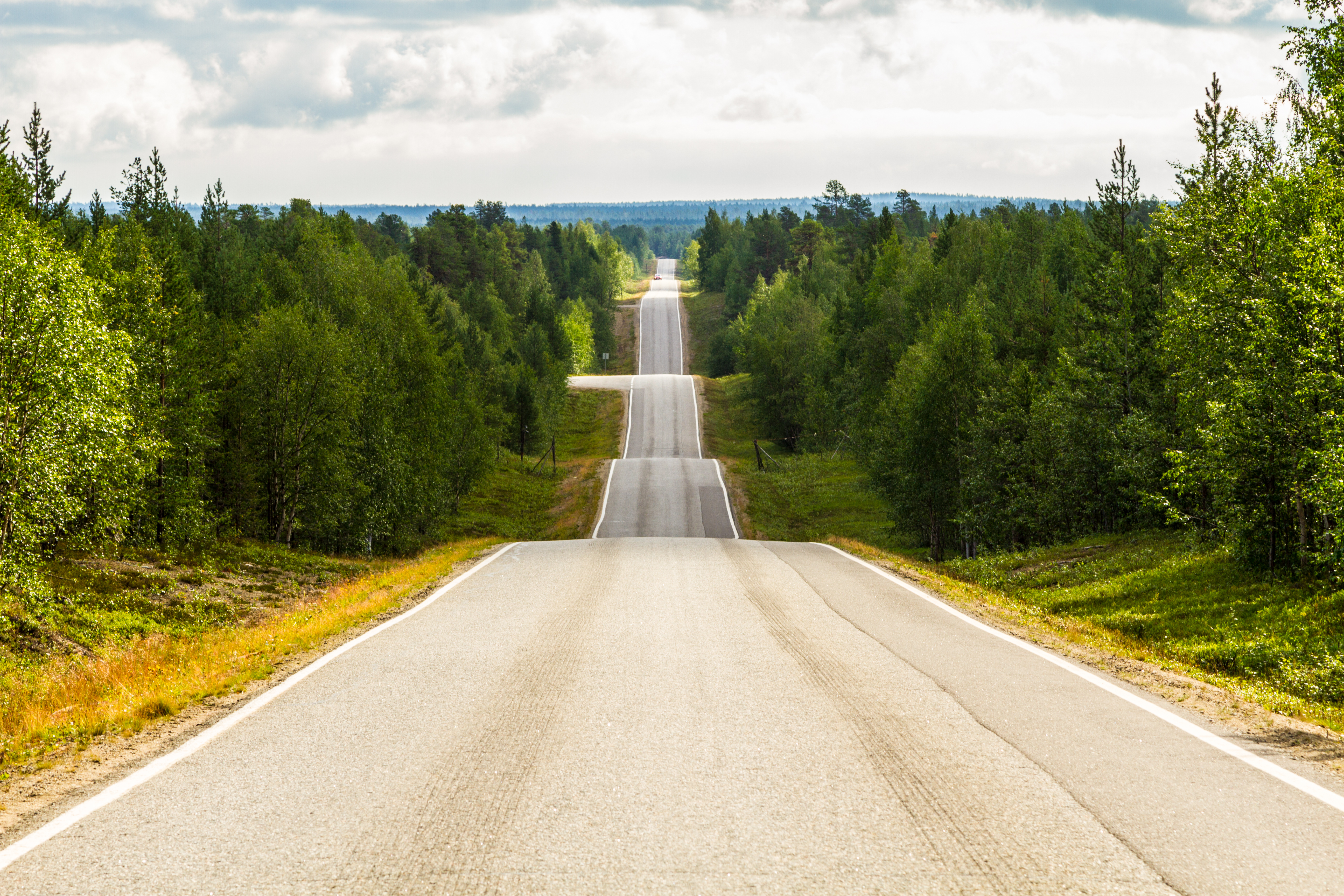 Discover the World's Greatest Rides with TomTom Road Trips (Photo: Business Wire)
