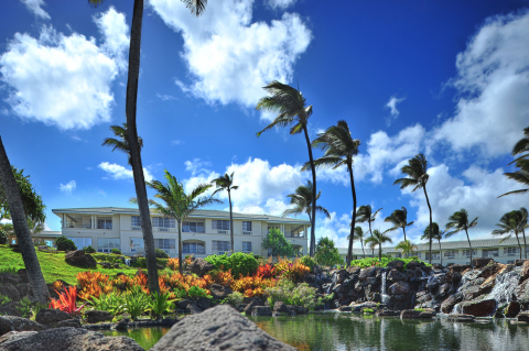 The Point at Poipu, by Diamond Resorts International, welcomes guests back to its freshly renovated accommodations on the breathtaking beaches of Kauai, Hawaii. (Photo: Business Wire)