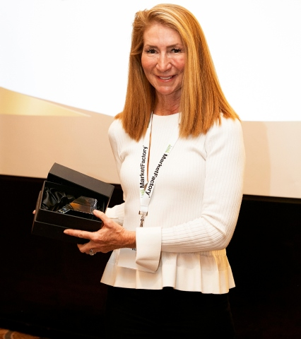 Jane Hamilton, managing director at IHS Markit, accepts the Profit & Loss Readers' Choice Award for Best Post Trade Provider. (Photo: Business Wire)
