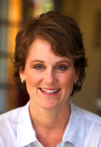 Bonnie Curtis headshot (Photo: Business Wire)
