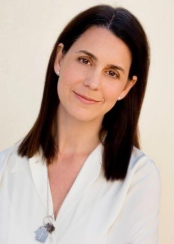 Julie Lynn headshot (Photo: Business Wire)