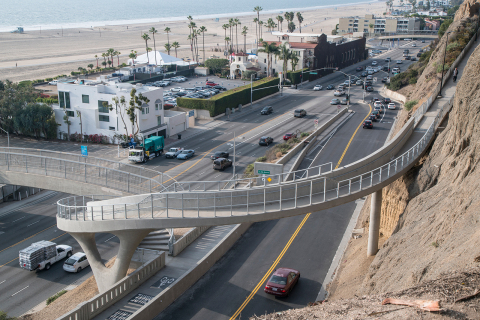The Idaho Avenue Pedestrian Overcrossing in Santa Monica, California, provides a vital connection from the Idaho Trail to the California Incline while offering panoramic views of the Pacific Ocean. (Photo Credit: Tom Paiva Photography)