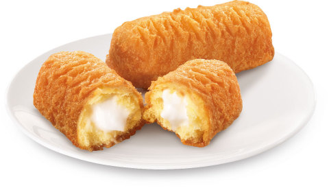 Long John Silver's launches the Hostess® Deep Fried Twinkie™ (Photo: Business Wire)