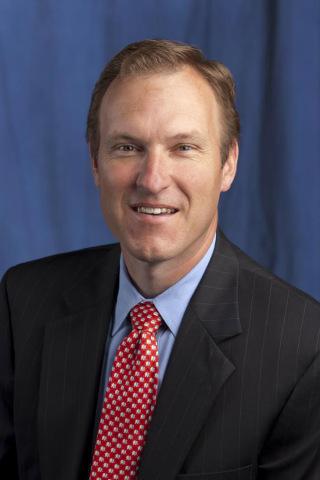 Andrew Rowe, head of Wells Fargo's Community Banking Customer Segments team (Photo: Business Wire)