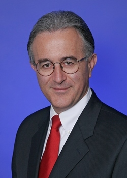 PAREXEL's Alberto Grignolo Named Fellow by Drug Information Association (Photo: Business Wire)