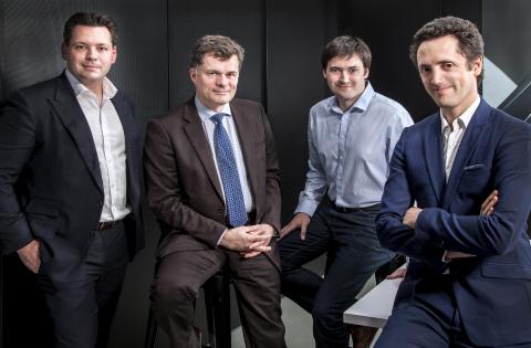 Benoit de Ruffray, Président directeur général, Eiffage avec les co-fondateurs de FINALCAD Jimmy Louchart, Joffroy Louchart et David Vauthrin. Crédit photo : Alejandra Gomez. (Photo: Business Wire)