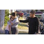 Abriendo Puertas/Opening DoorsLanza un Video en Español con Instrucciones para Ayudar a los Padres Inmigrantes a Hacer Frente a la Incertidumbre y a los Comportamientos Poco Amistosos hacia sus Hijos